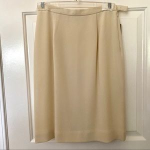 {NEW} Jones New York Cream Pencil Skirt SZ 4